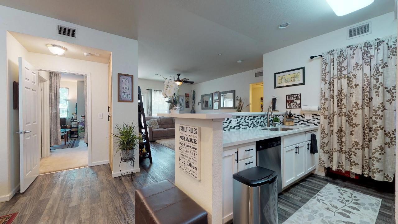 Detail Gallery Image 1 of 1 For 2177 Alum Rock Ave #233,  San Jose,  CA 95116 - 3 Beds   2 Baths