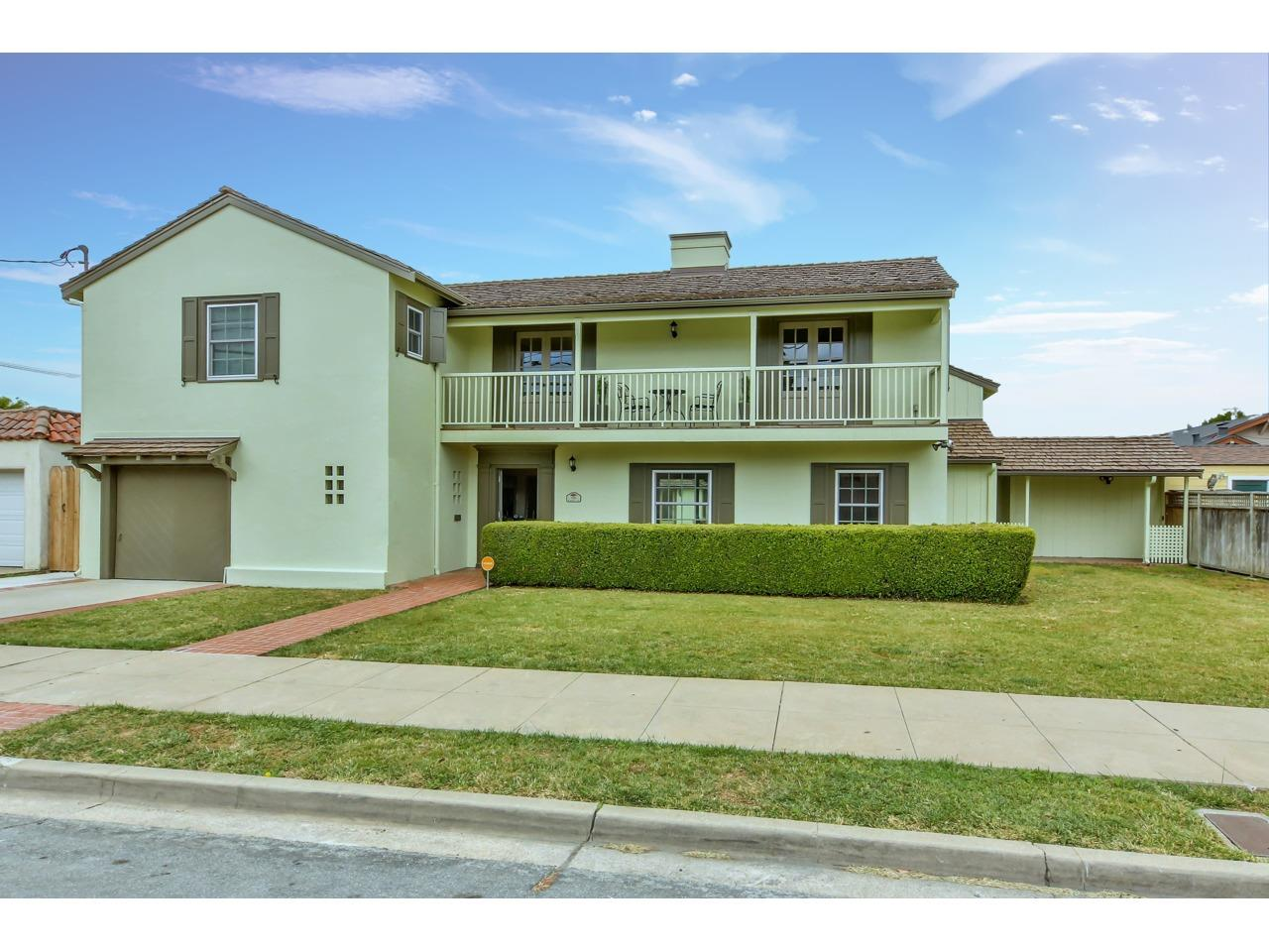 Detail Gallery Image 1 of 1 For 630 Pajaro St, Salinas,  CA 93901 - 4 Beds   3/1 Baths