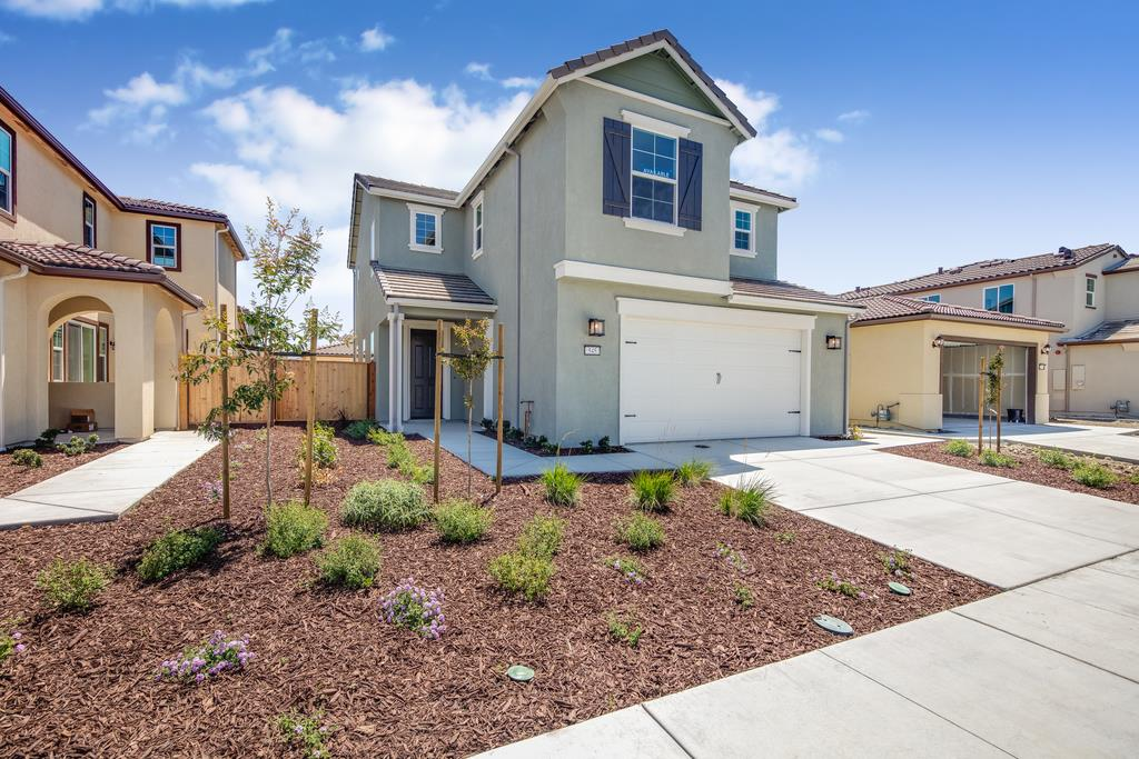 Detail Gallery Image 1 of 1 For 545 Alicante Dr, Hollister, CA 95023 - 3 Beds | 2/1 Baths
