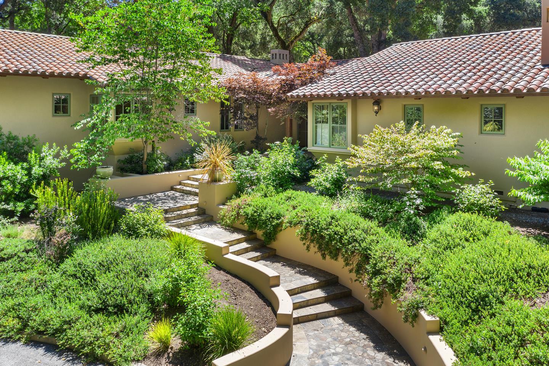 16 Arroyo Sequoia Carmel, CA 93923
