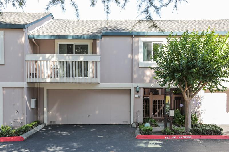 Detail Gallery Image 1 of 1 For 1460 Woodgrove Sq, San Jose, CA 95117 - 2 Beds | 2 Baths