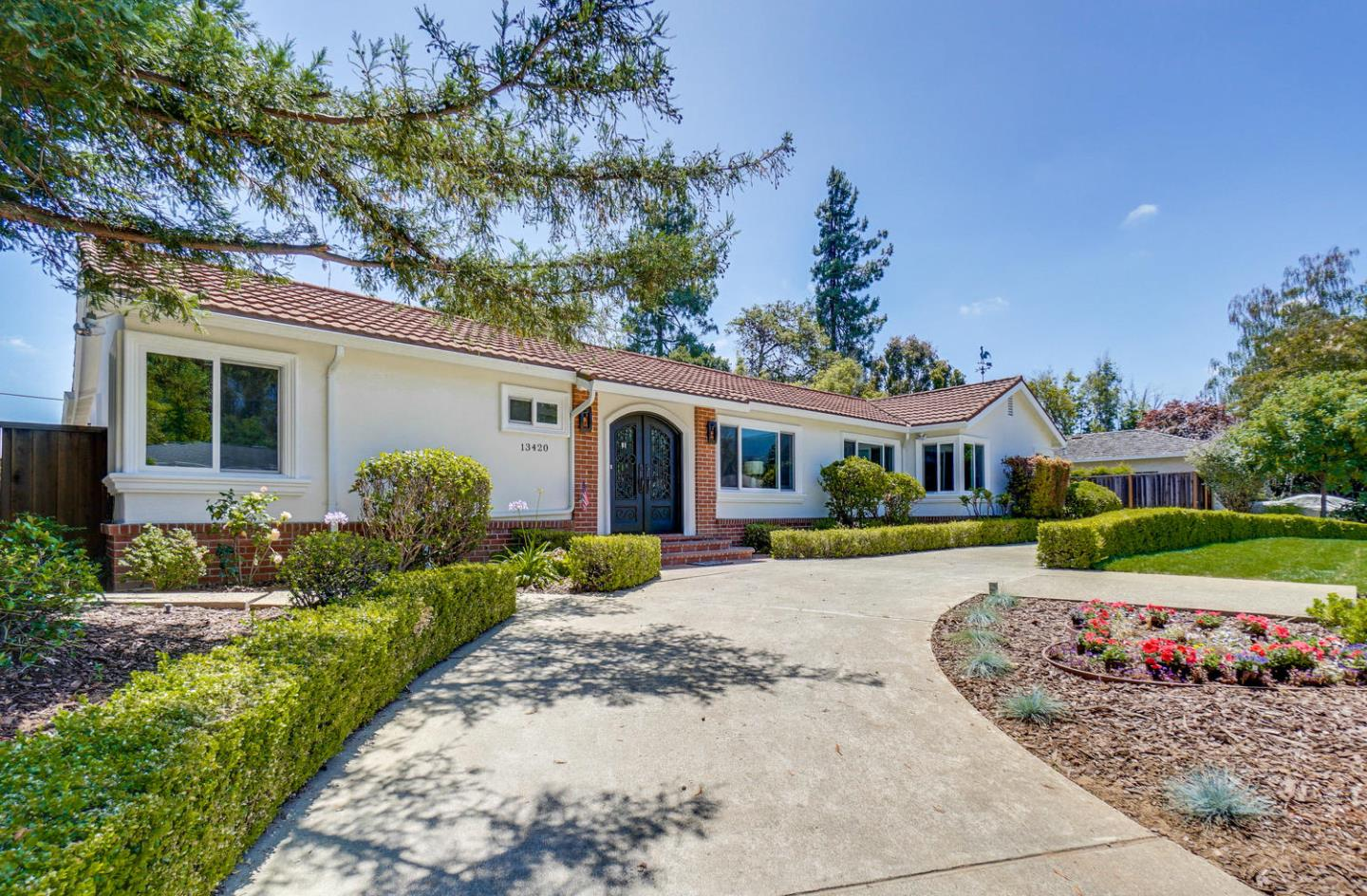 Detail Gallery Image 1 of 1 For 13420 Argonne Dr, Saratoga, CA 95070 - 4 Beds | 4/1 Baths