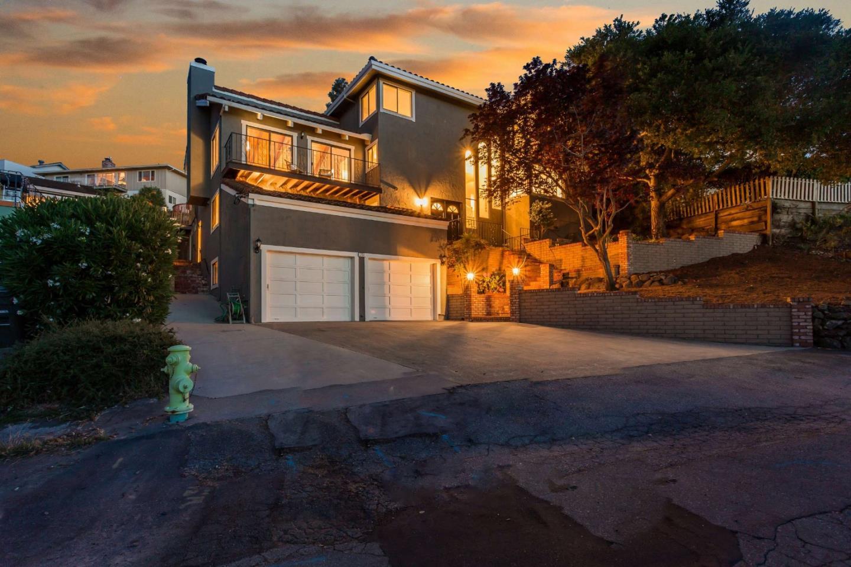 3731 Hamilton WAY, Redwood City, California