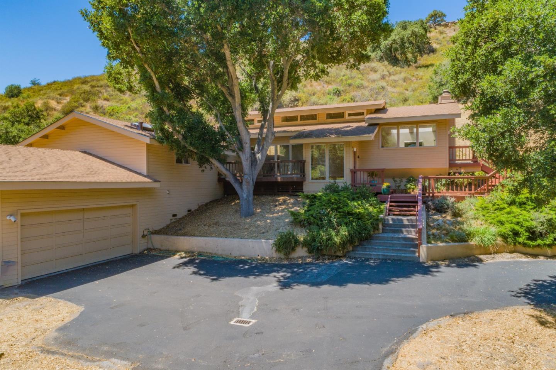 403 Corral de Tierra Road Salinas, CA 93908