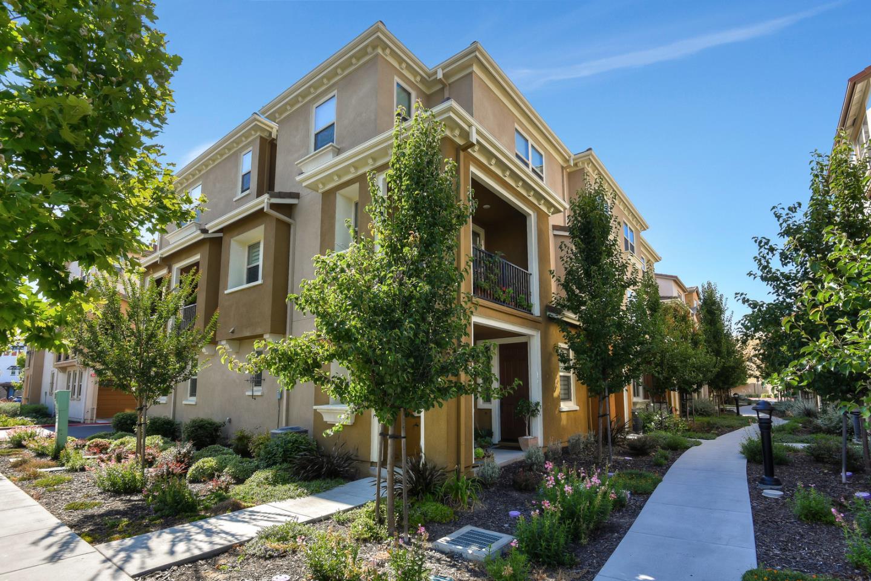 2786 Ferrara CIR, Evergreen, California