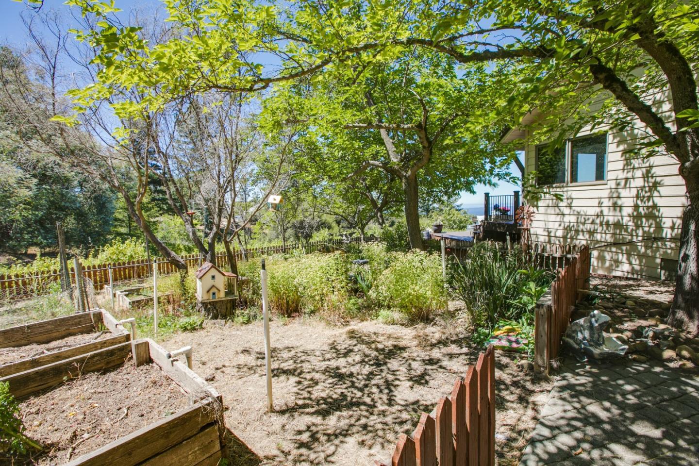 27400 Loma Prieta WAY Los Gatos, CA 95033