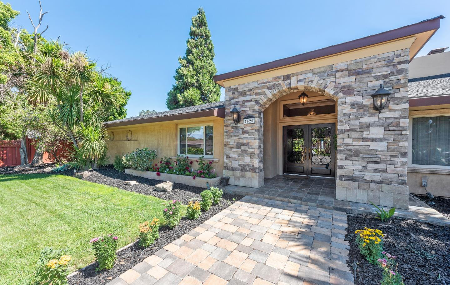 Photo of 1620 Campbell AVE, SAN JOSE, CA 95125