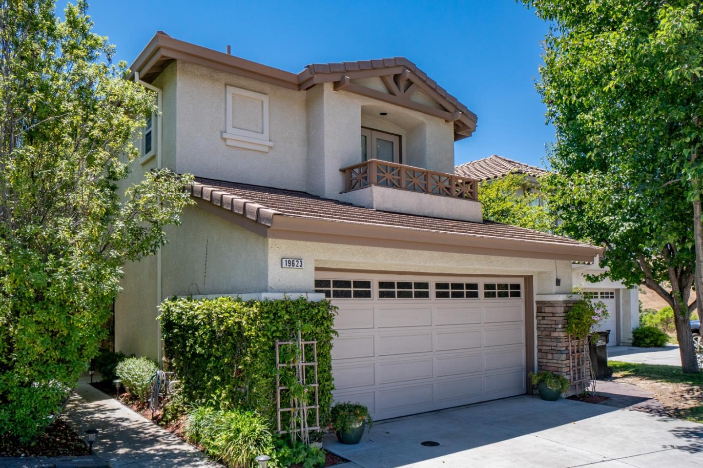 Detail Gallery Image 1 of 1 For 19623 Bavella Ct, Salinas, CA 93908 - 3 Beds | 2/1 Baths