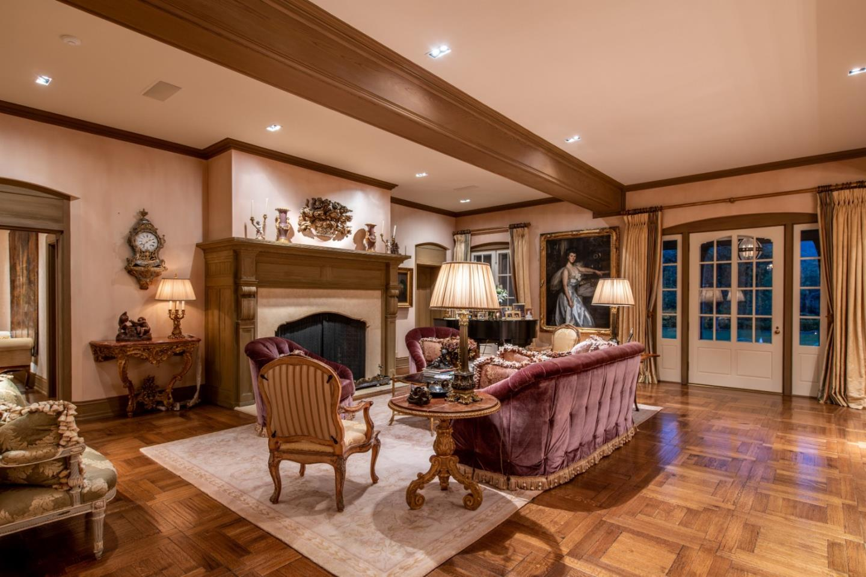 18888 Hayfield Ct Saratoga, CA 95070