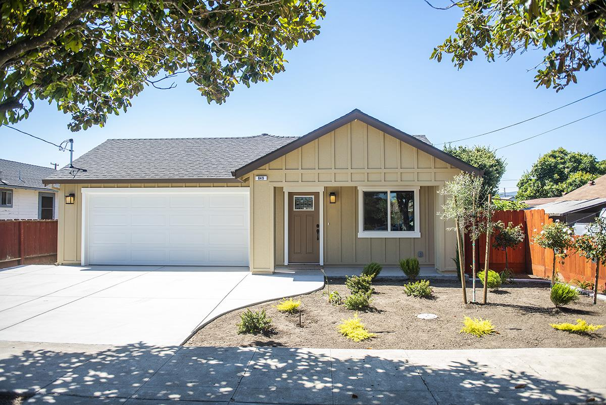 Detail Gallery Image 1 of 1 For 849 W 2nd St, Hollister,  CA 95023 - 3 Beds   2 Baths