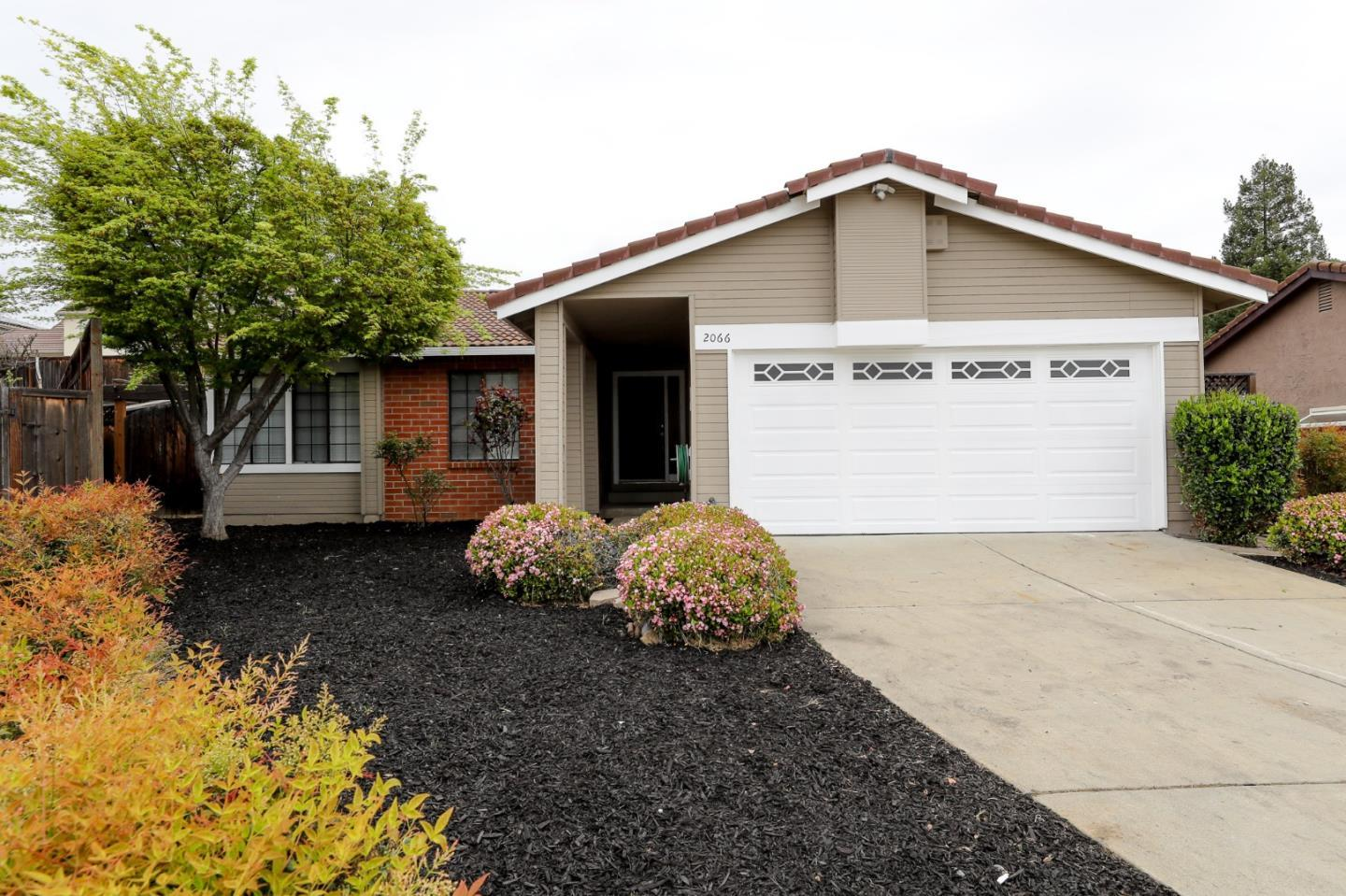2066 Pleasant Crest CT, Evergreen in Santa Clara County, CA 95148 Home for Sale