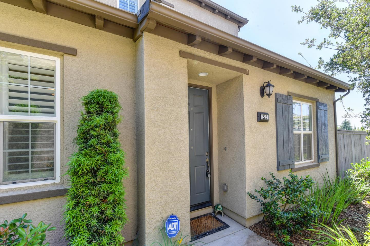 Detail Gallery Image 1 of 1 For 222 Chambord Way #222, Roseville, CA 95678 - 3 Beds | 2/1 Baths