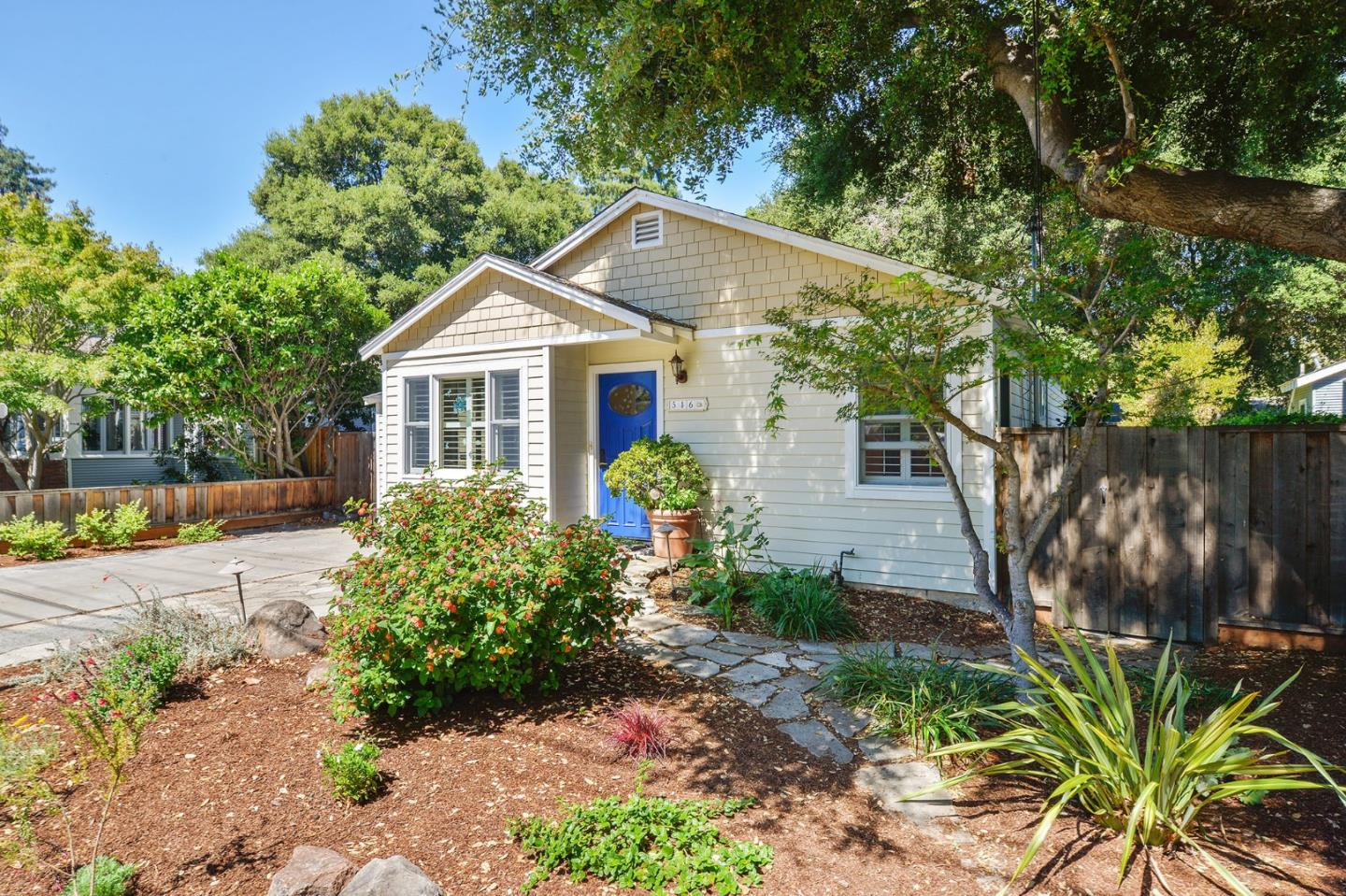 516 VIEW ST, MOUNTAIN VIEW, CA 94041