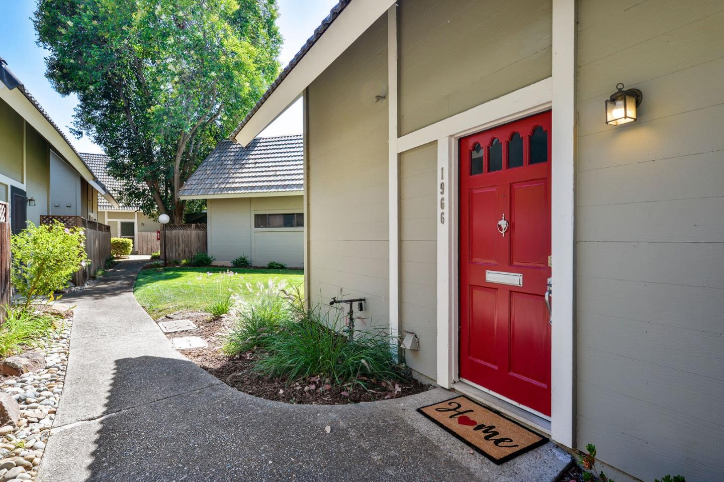 Detail Gallery Image 1 of 1 For 1966 Silverwood Ave, Mountain View, CA 94043 - 2 Beds | 1/1 Baths