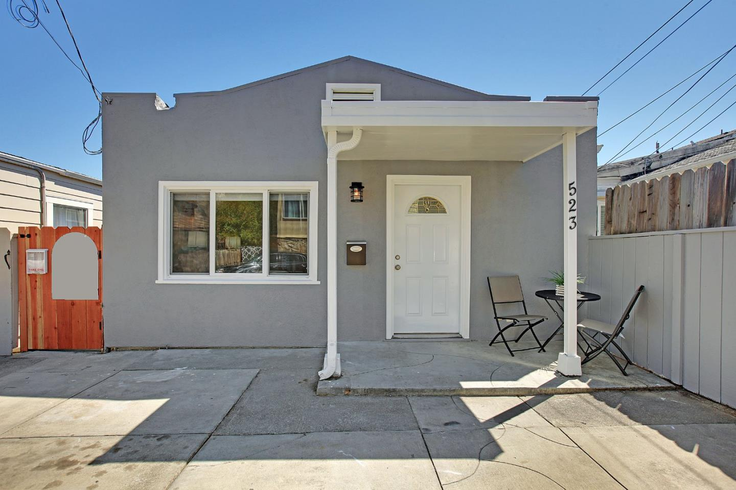 Detail Gallery Image 1 of 1 For 523 2nd Ln, South San Francisco, CA 94080 - 2 Beds | 1 Baths