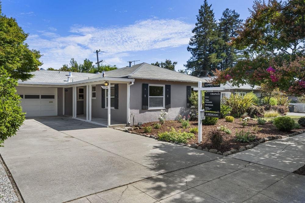 Detail Gallery Image 1 of 1 For 2774 Kensington Rd, Redwood City, CA 94061 - 4 Beds   2 Baths