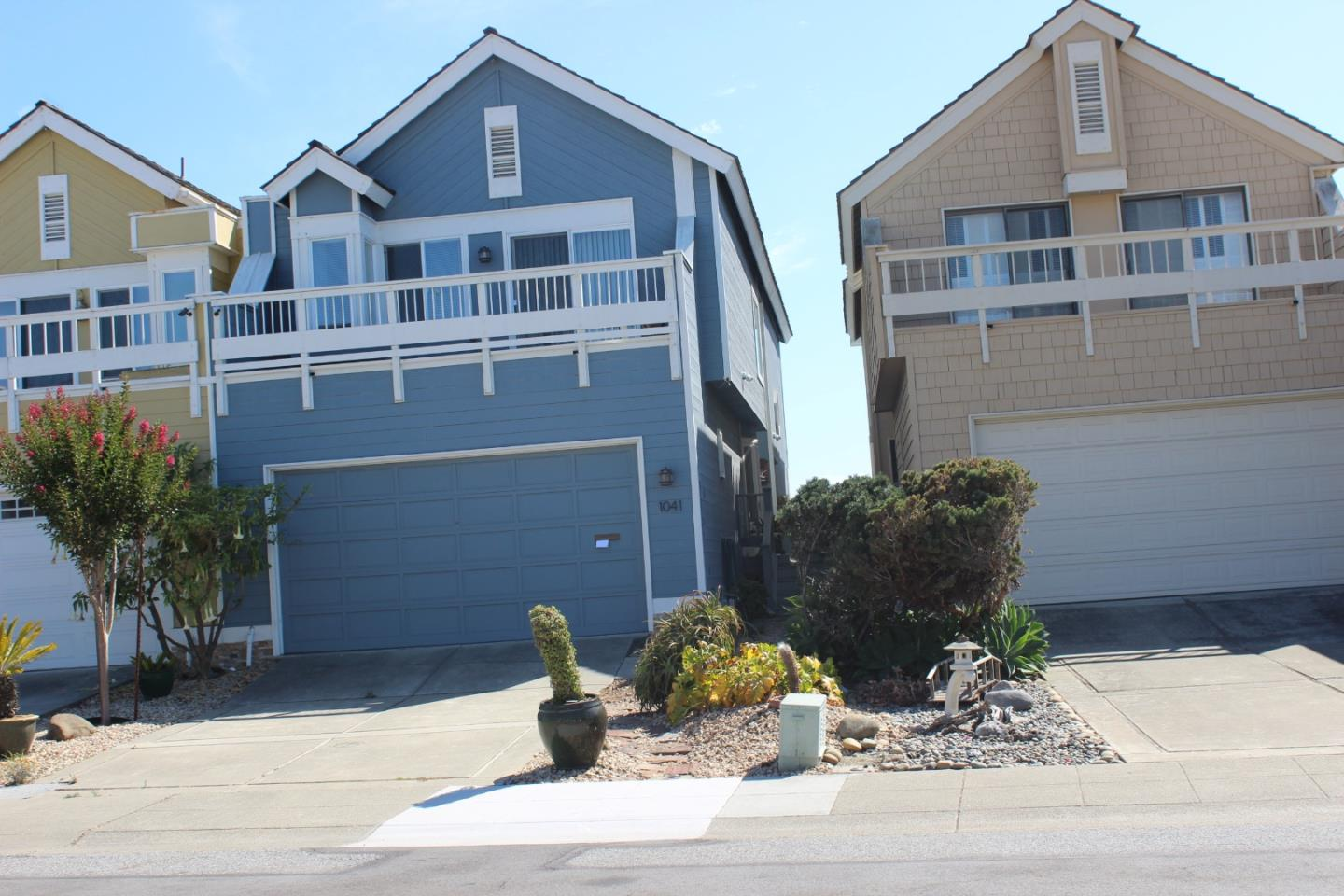 Detail Gallery Image 1 of 30 For 1041 Shoal Dr, San Mateo, CA 94404 - 3 Beds   2/1 Baths