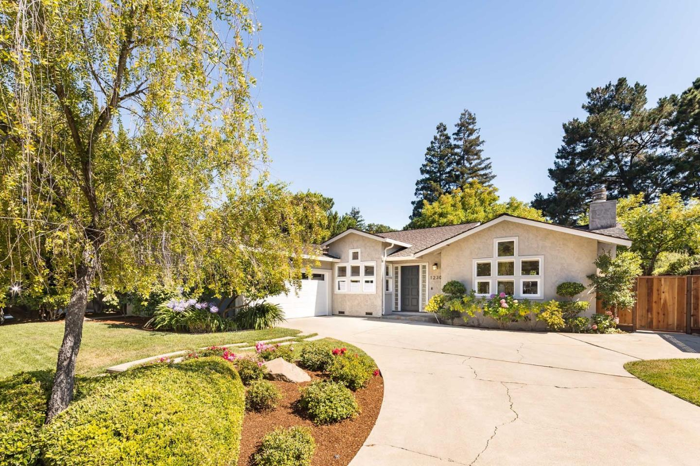 Detail Gallery Image 1 of 1 For 1230 Patlen Dr, Los Altos, CA 94024 - 4 Beds | 2/1 Baths