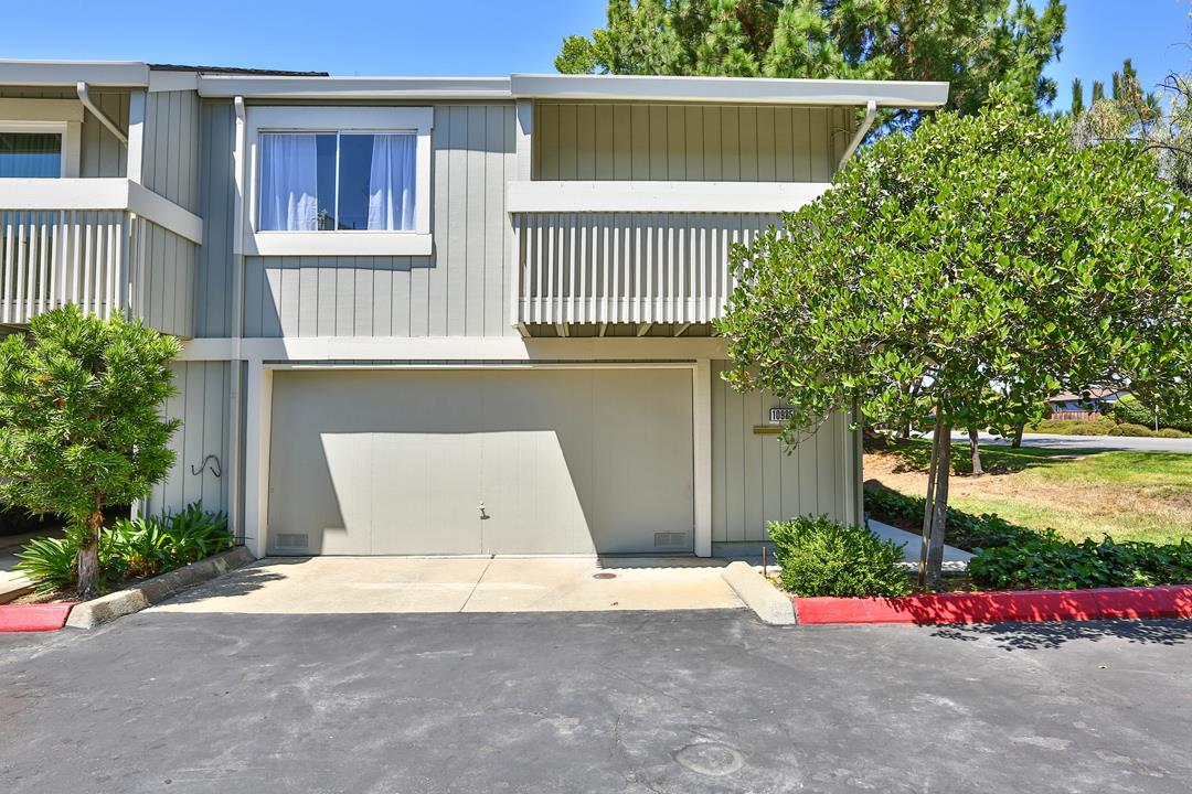 Detail Gallery Image 1 of 20 For 10985 Northseal Sq, Cupertino, CA 95014 - 2 Beds | 1 Baths