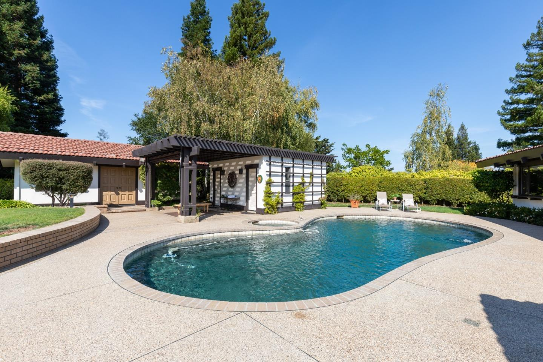 110 Stonepine RD Hillsborough, CA 94010