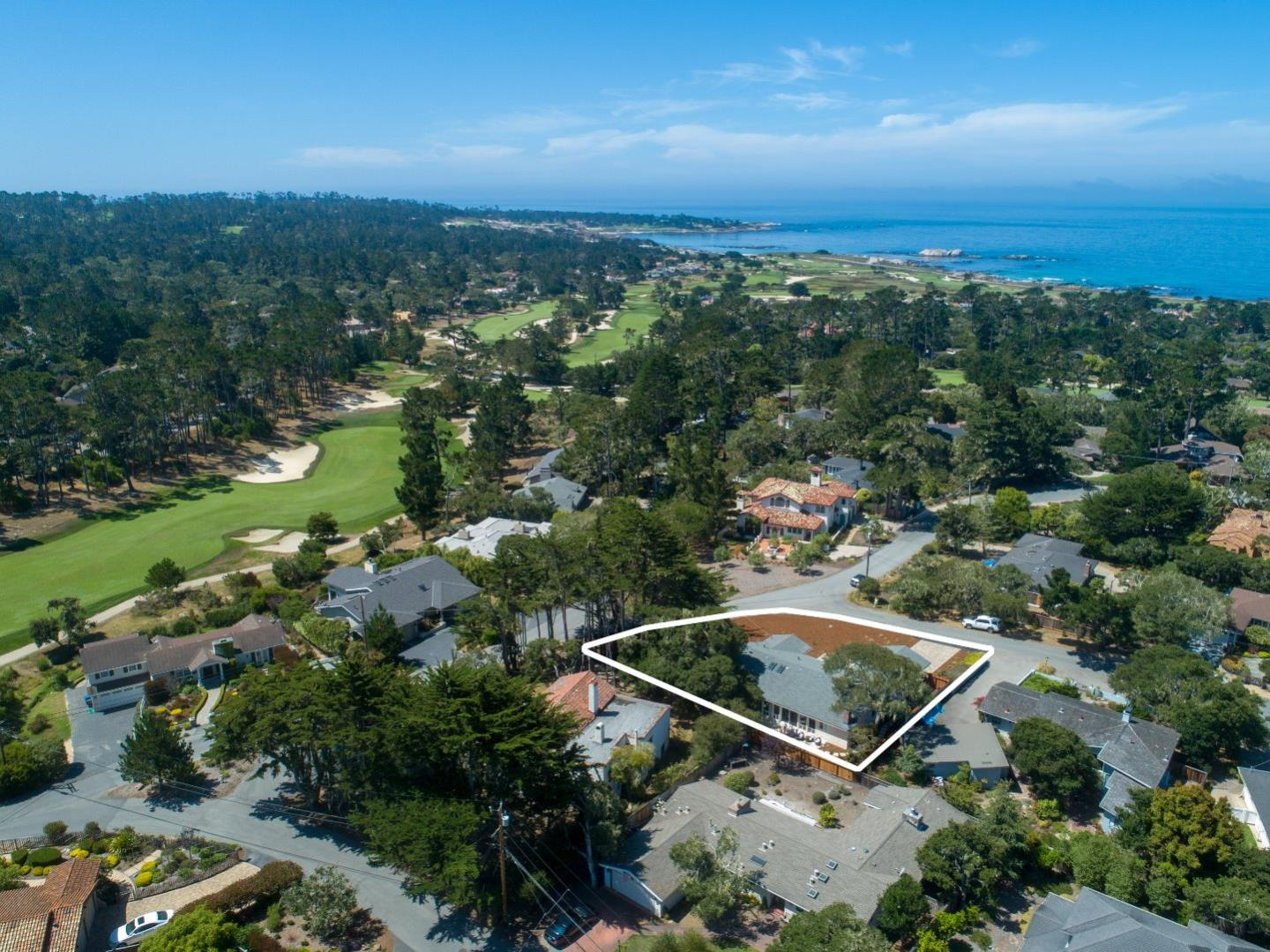 Detail Gallery Image 1 of 29 For 1053 Sombrero Rd, Pebble Beach, CA 93953 - 3 Beds | 3 Baths