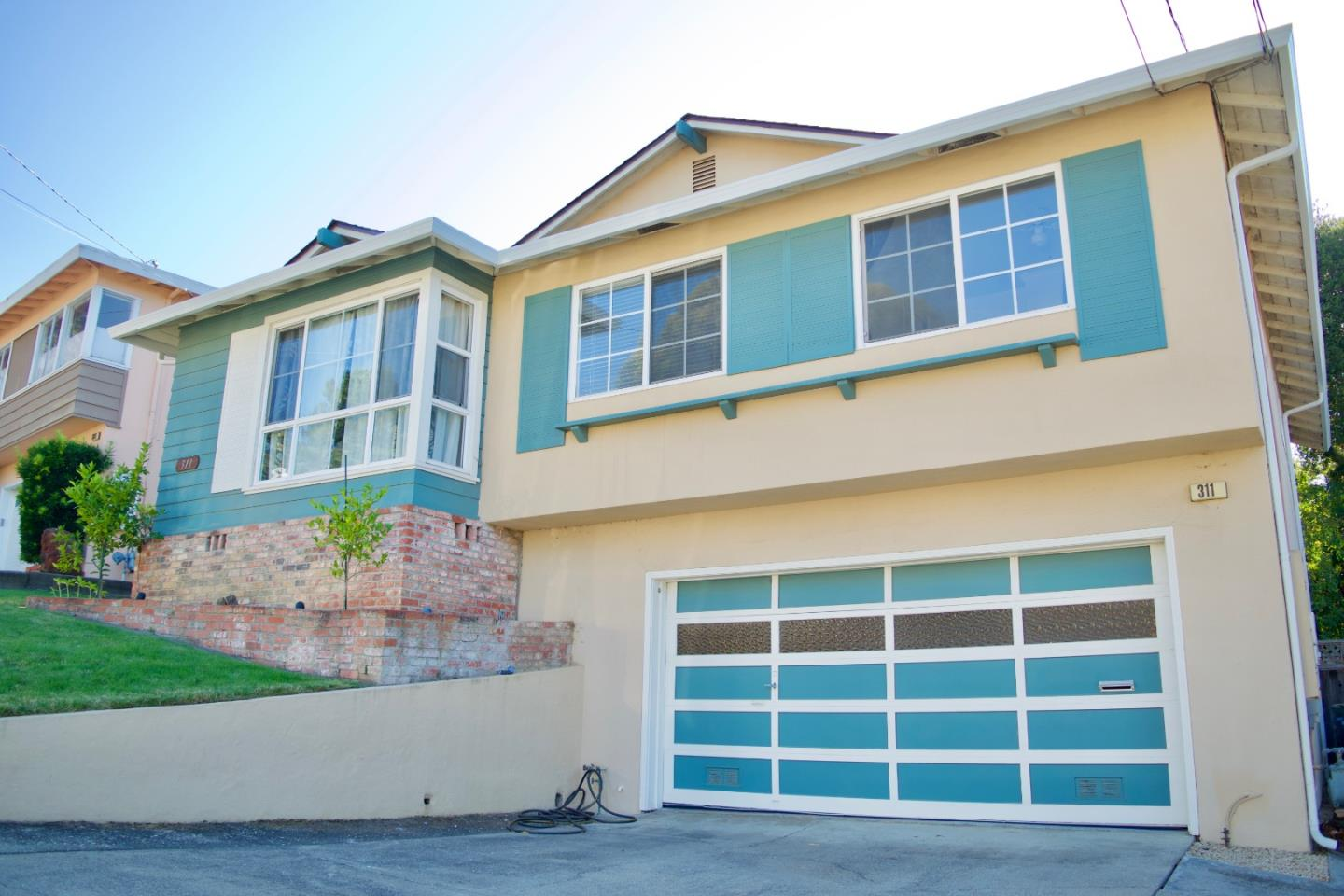 Detail Gallery Image 1 of 1 For 311 Lowell Ave, San Bruno, CA 94066 - 4 Beds | 2/1 Baths