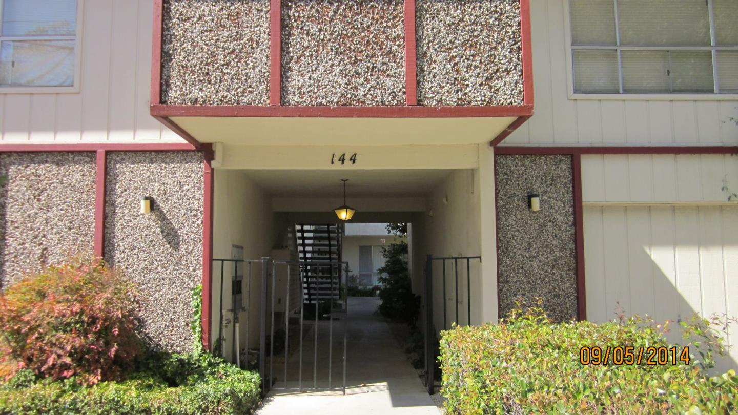 Detail Gallery Image 1 of 1 For 144 24th Street #7, San Mateo, CA 94403 - 1 Beds | 1 Baths