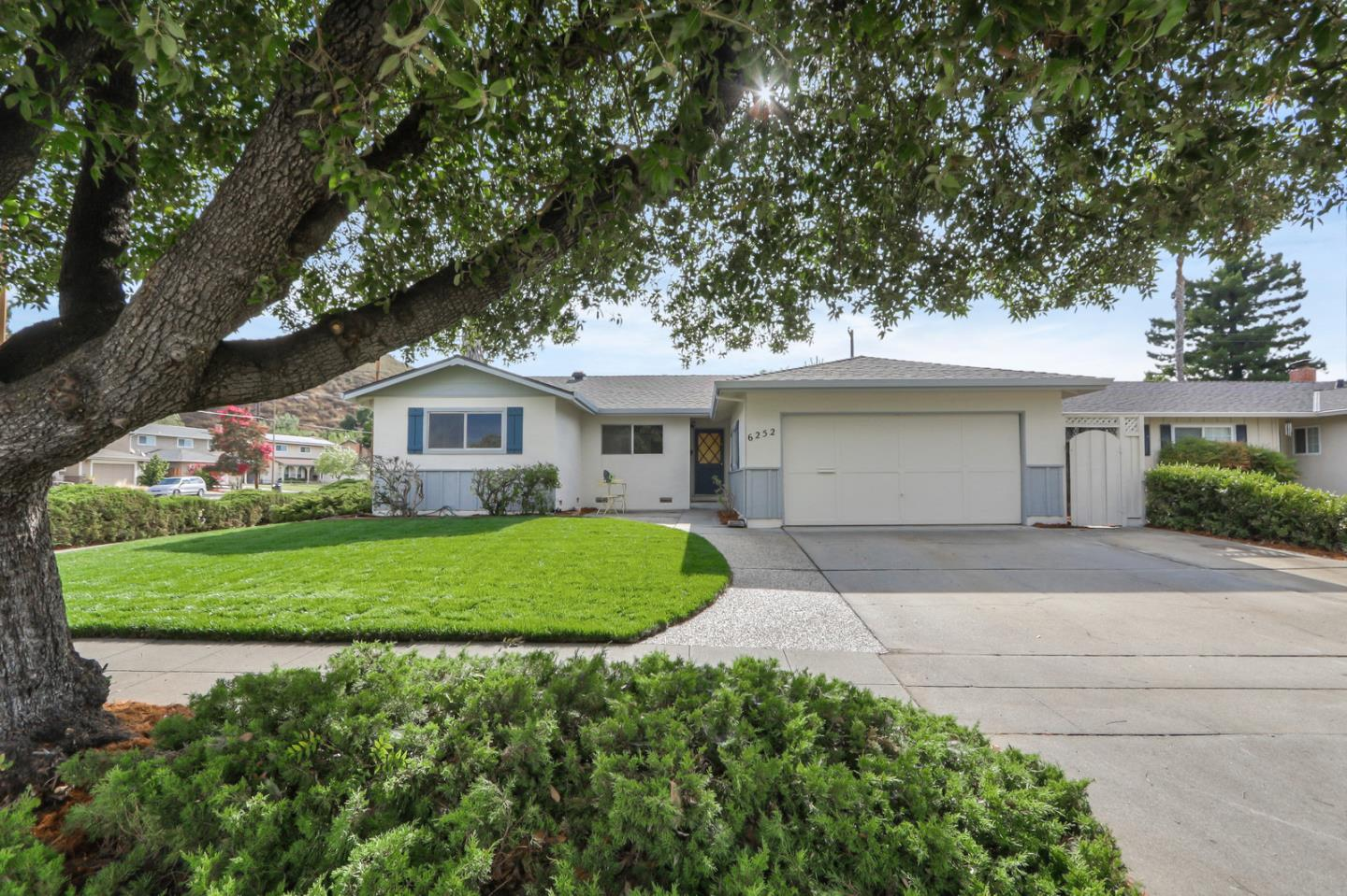 What a find!. Located in one of San Jose's finest neighborhoods, this wonderful Almaden Valley home sparkles. With new paint and refinished hardwood flooring, you could move in tomorrow or update to your taste. This great location, with all the benefits of a mature neighborhood, is perfect for any family.
