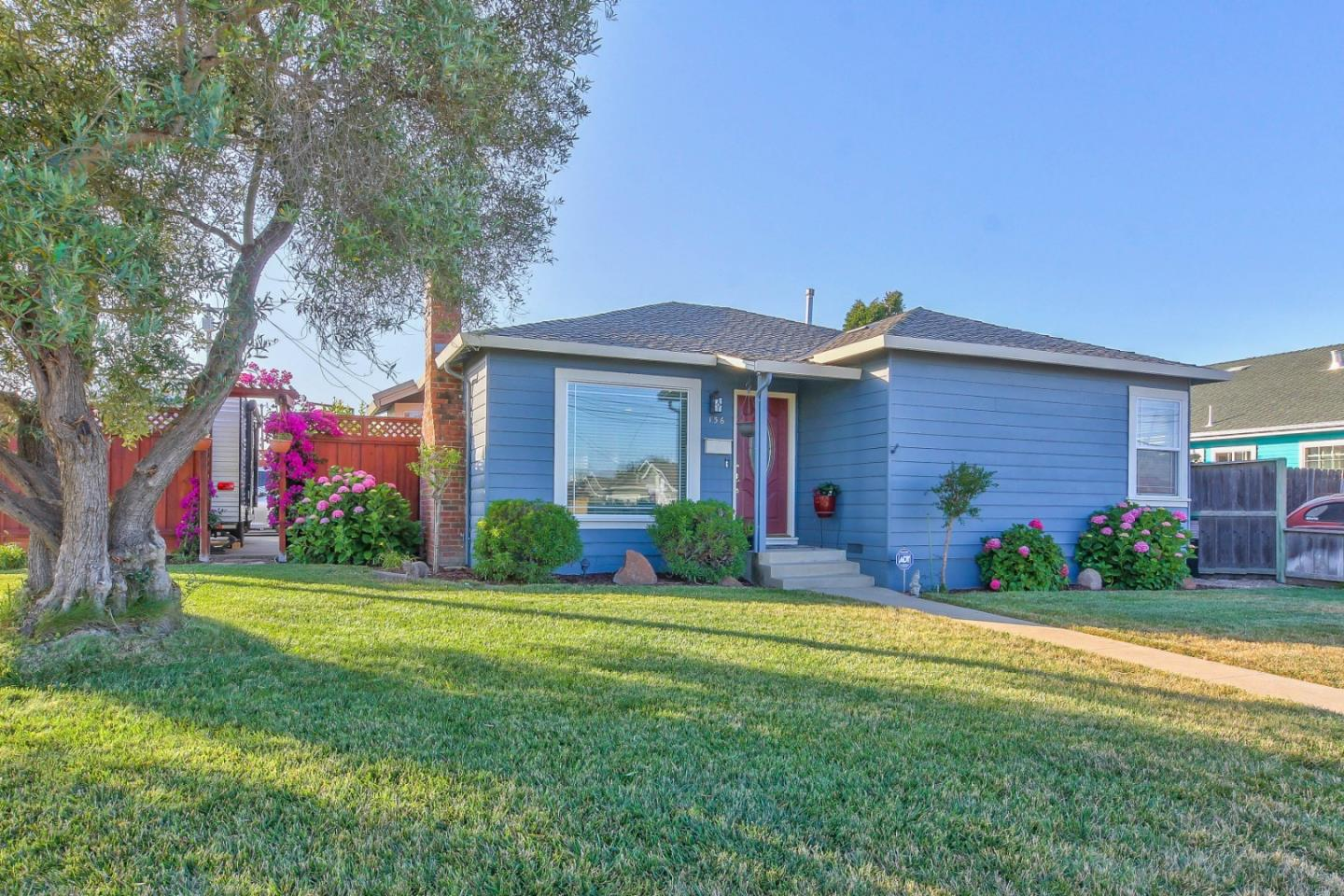 Detail Gallery Image 1 of 1 For 136 Clifford Ave, Watsonville, CA 95076 - 4 Beds | 2 Baths