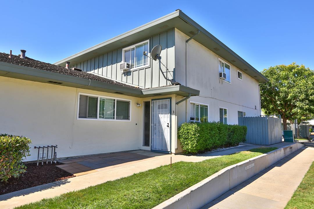 Detail Gallery Image 1 of 1 For 272 Tradewinds Ct #3, San Jose, CA 95123 - 2 Beds | 1 Baths