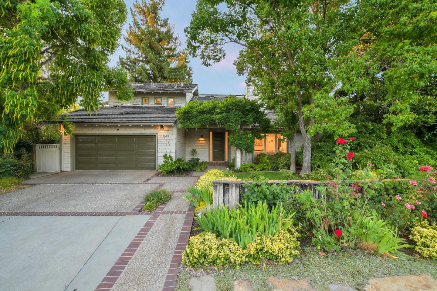 1036 MARILYN DR, MOUNTAIN VIEW, CA 94040