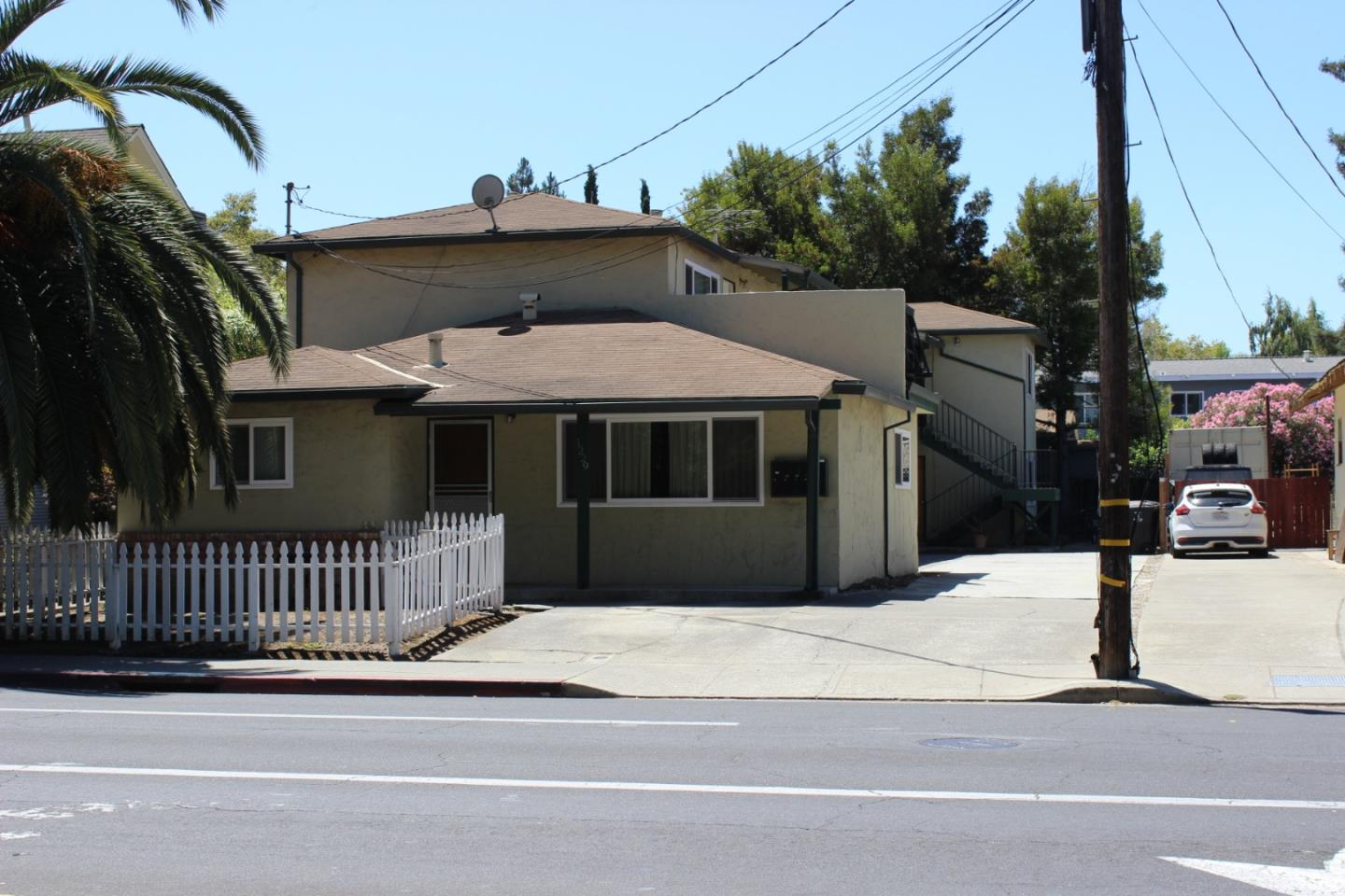 Detail Gallery Image 1 of 1 For 1229 Villa St, Mountain View, CA 94041 - – Beds | – Baths