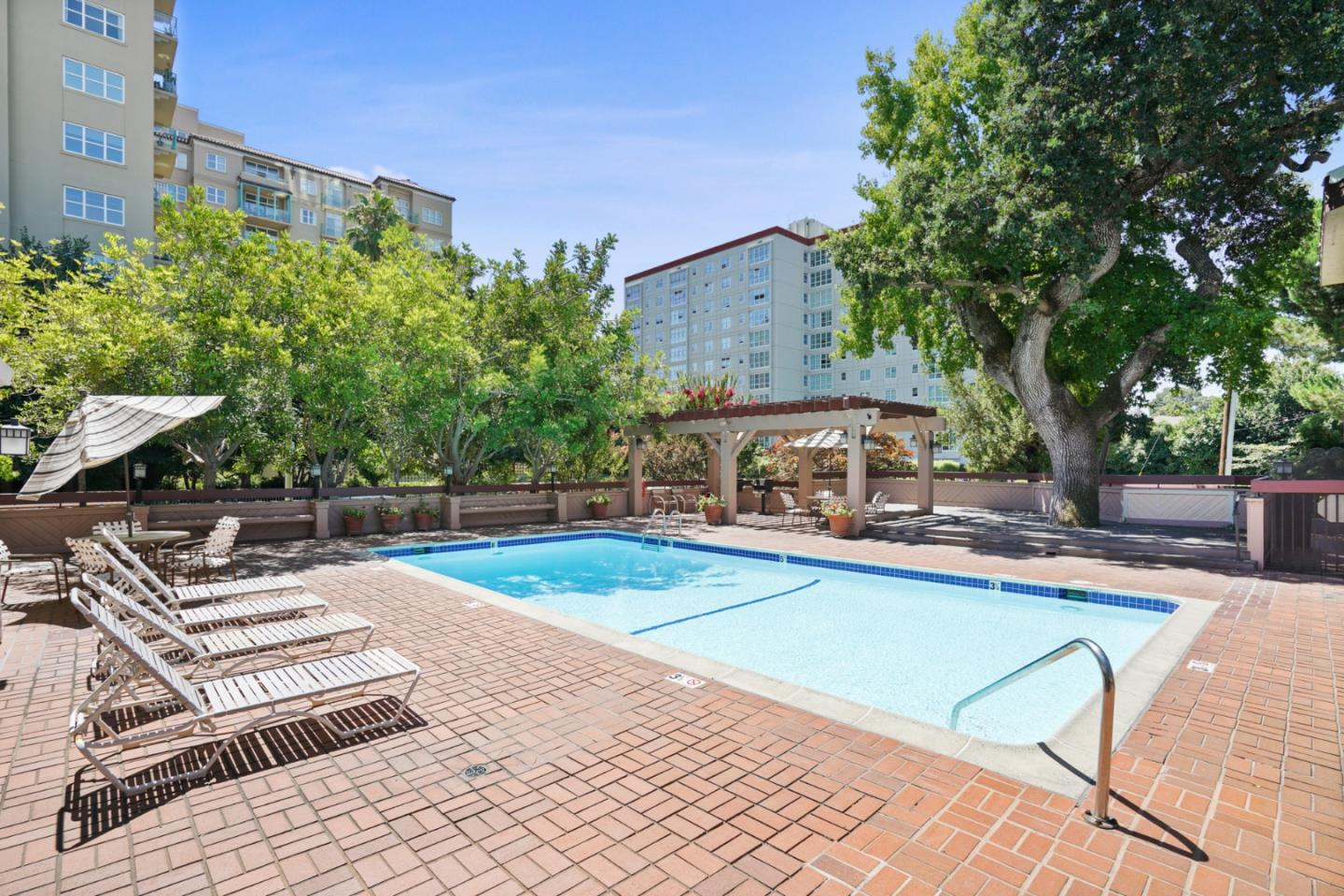 Detail Gallery Image 1 of 1 For 58 N El Camino Real #301, San Mateo, CA 94401 - 2 Beds | 2 Baths