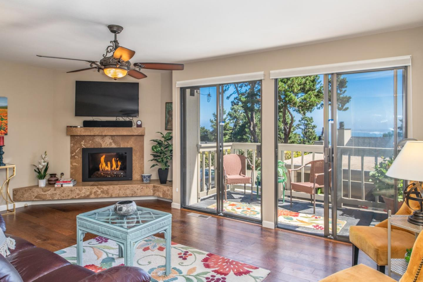 Detail Gallery Image 1 of 1 For 70 Forest Ridge Rd #24, Monterey, CA 93940 - 2 Beds | 2/1 Baths