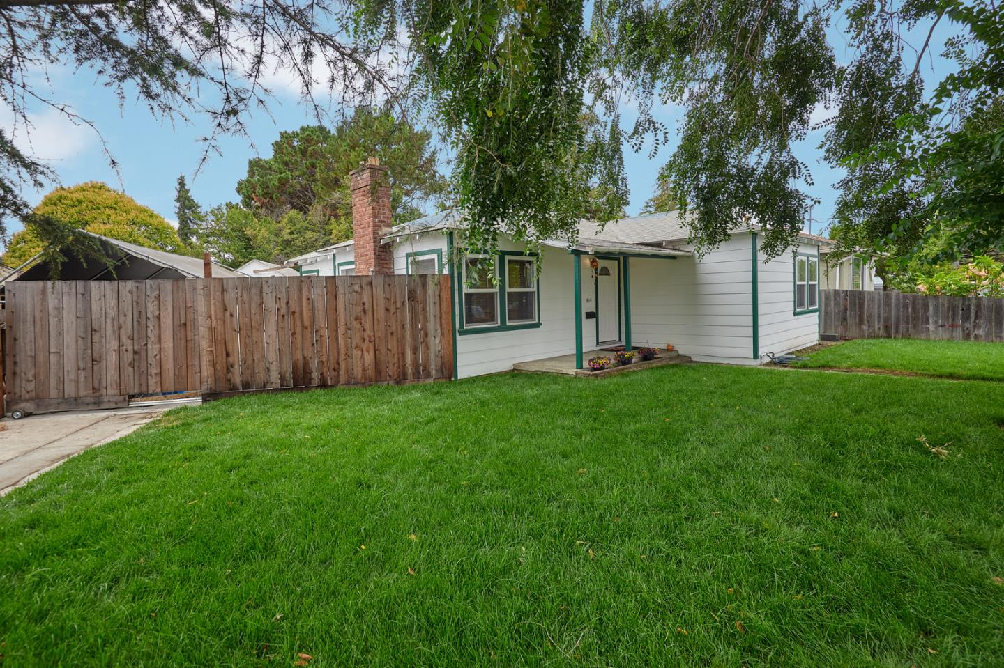 610 Bay RD, Redwood City New Listings