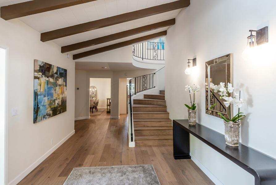 Detail Gallery Image 1 of 22 For 480 Hale St, Palo Alto, CA 94301 - 4 Beds   3/1 Baths