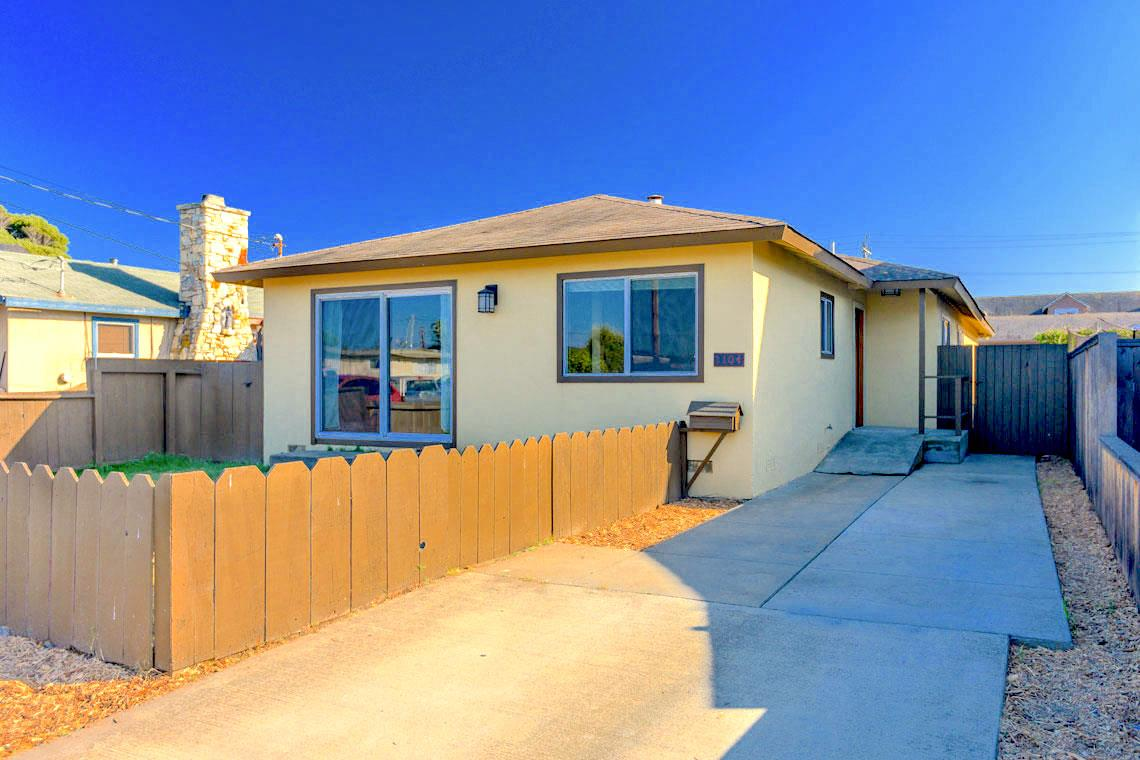 Photo of 1104 Clementina AVE, SEASIDE, CA 93955