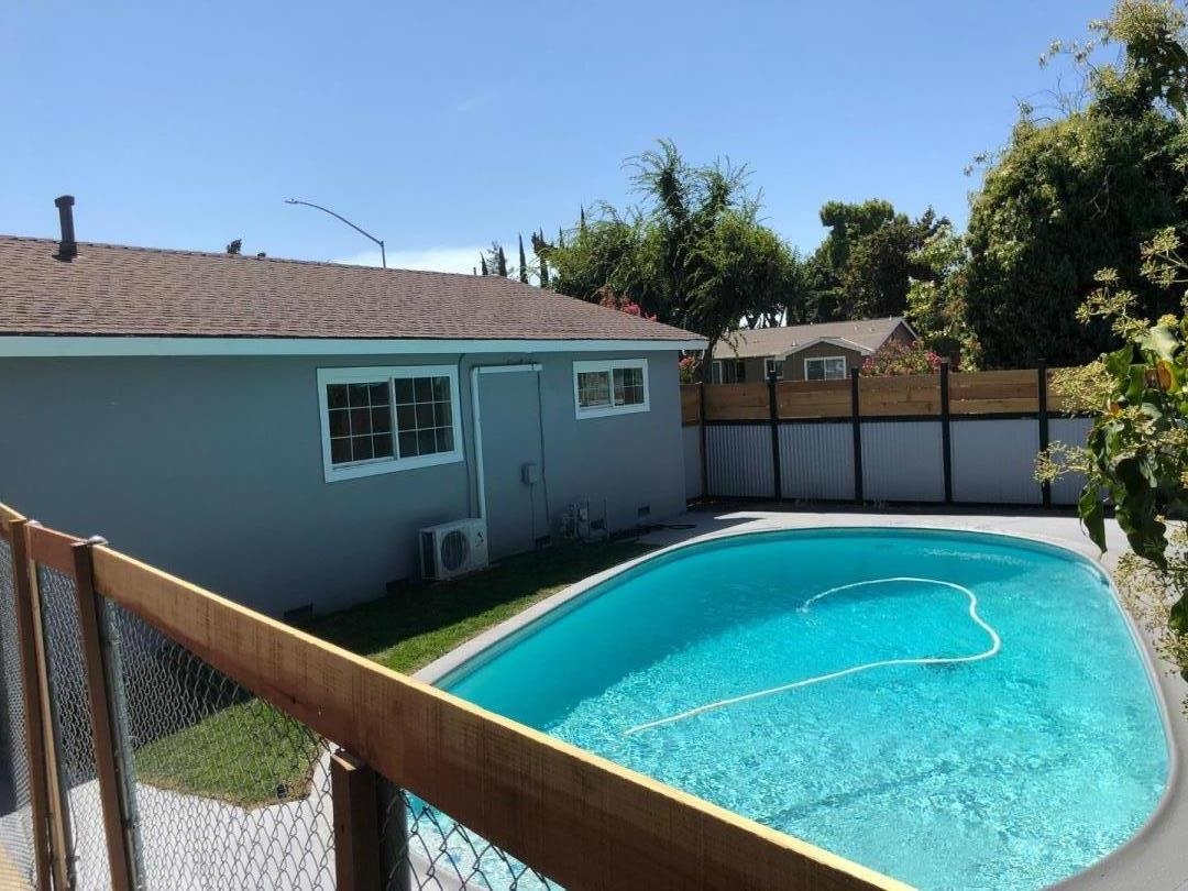 Detail Gallery Image 1 of 1 For 837 Junipero Serra Dr, Stockton, CA 95210 - 3 Beds   2 Baths