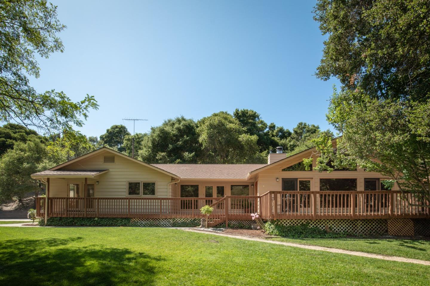 Detail Gallery Image 1 of 24 For 106 Calera Canyon Rd, Corral De Tierra, CA 93908 - 4 Beds | 2/1 Baths