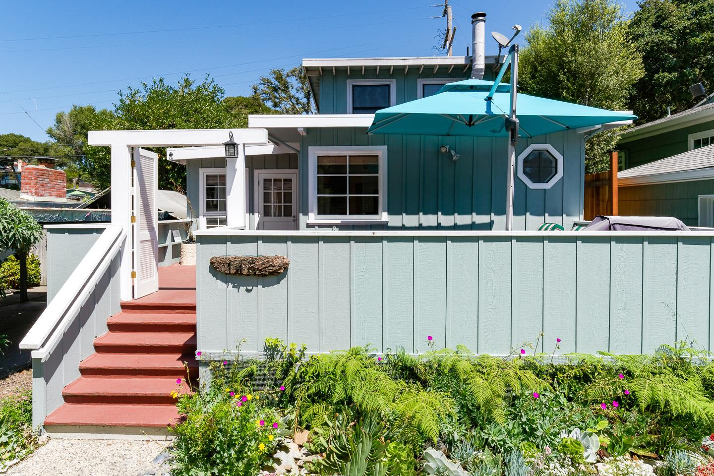 Detail Gallery Image 1 of 30 For 145 Bennett Rd, Aptos, CA 95003 - 2 Beds | 1/1 Baths