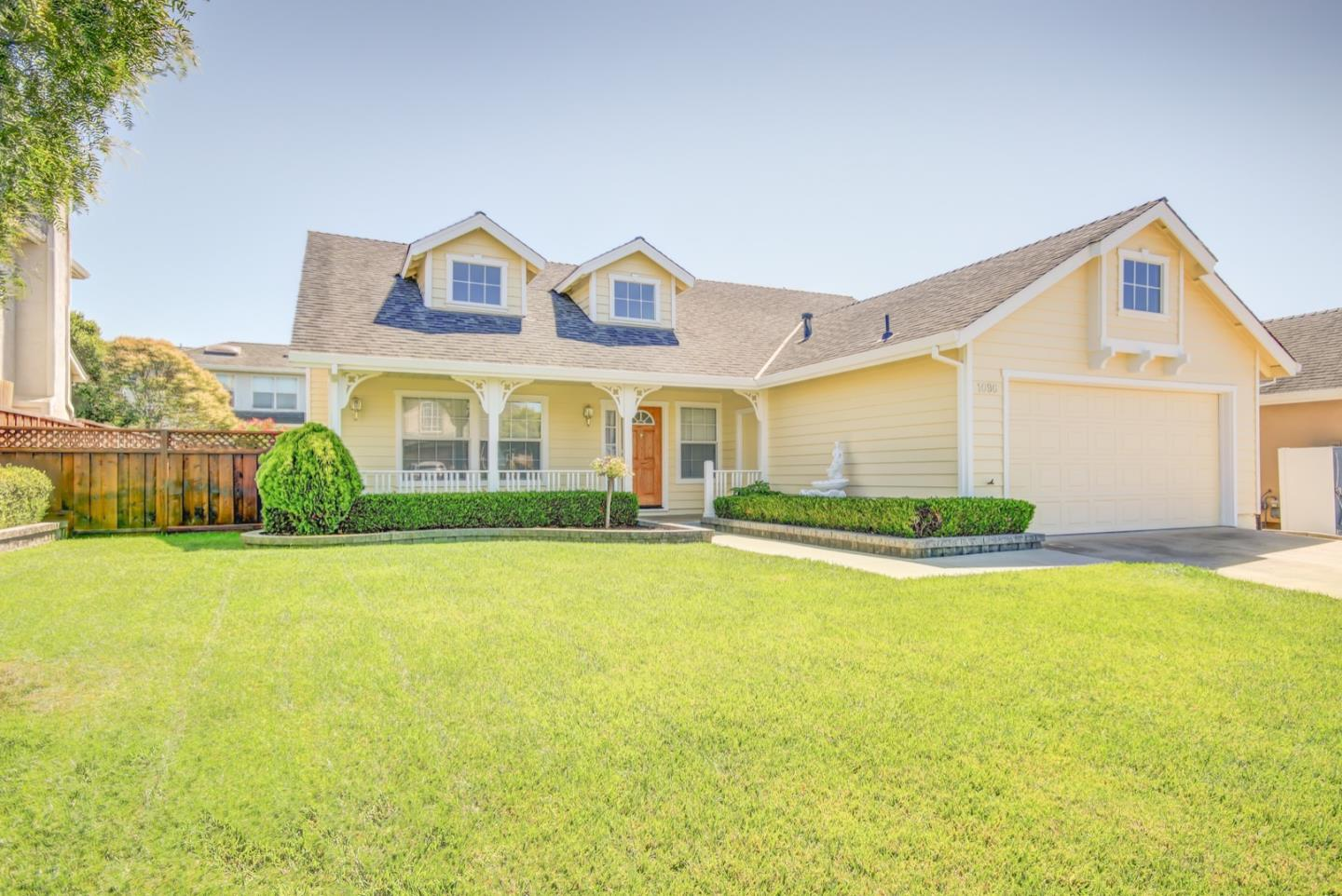 Detail Gallery Image 1 of 1 For 1696 Milton Way, Salinas,  CA 93906 - 3 Beds | 2 Baths