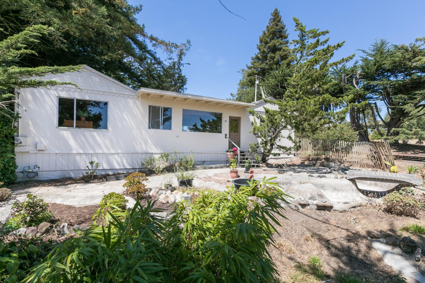 Detail Gallery Image 1 of 1 For 89 Spring Rd, Royal Oaks, CA 95076 - 2 Beds | 1 Baths