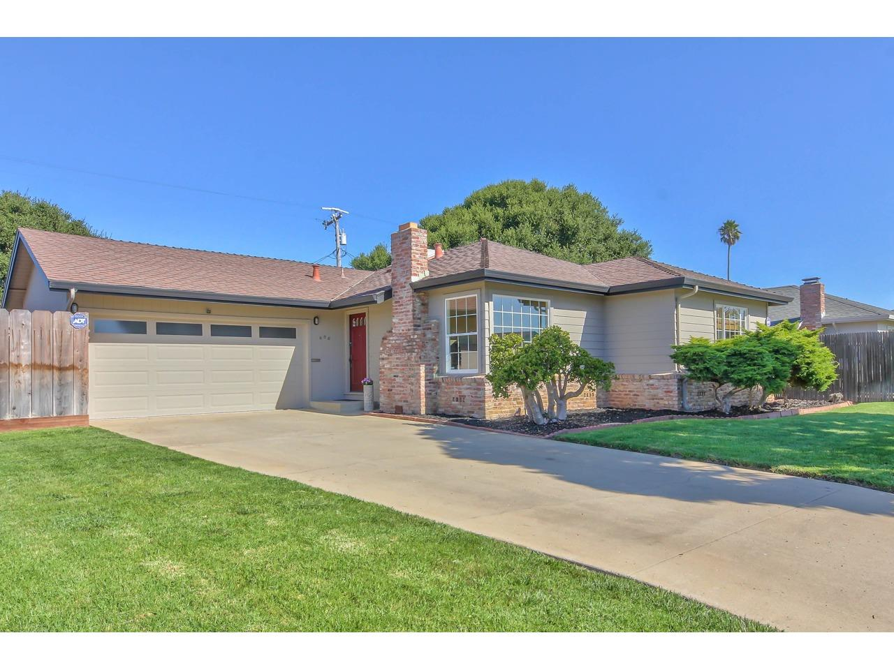 Detail Gallery Image 1 of 1 For 406 Crescent Way, Salinas,  CA 93906 - 3 Beds | 2 Baths