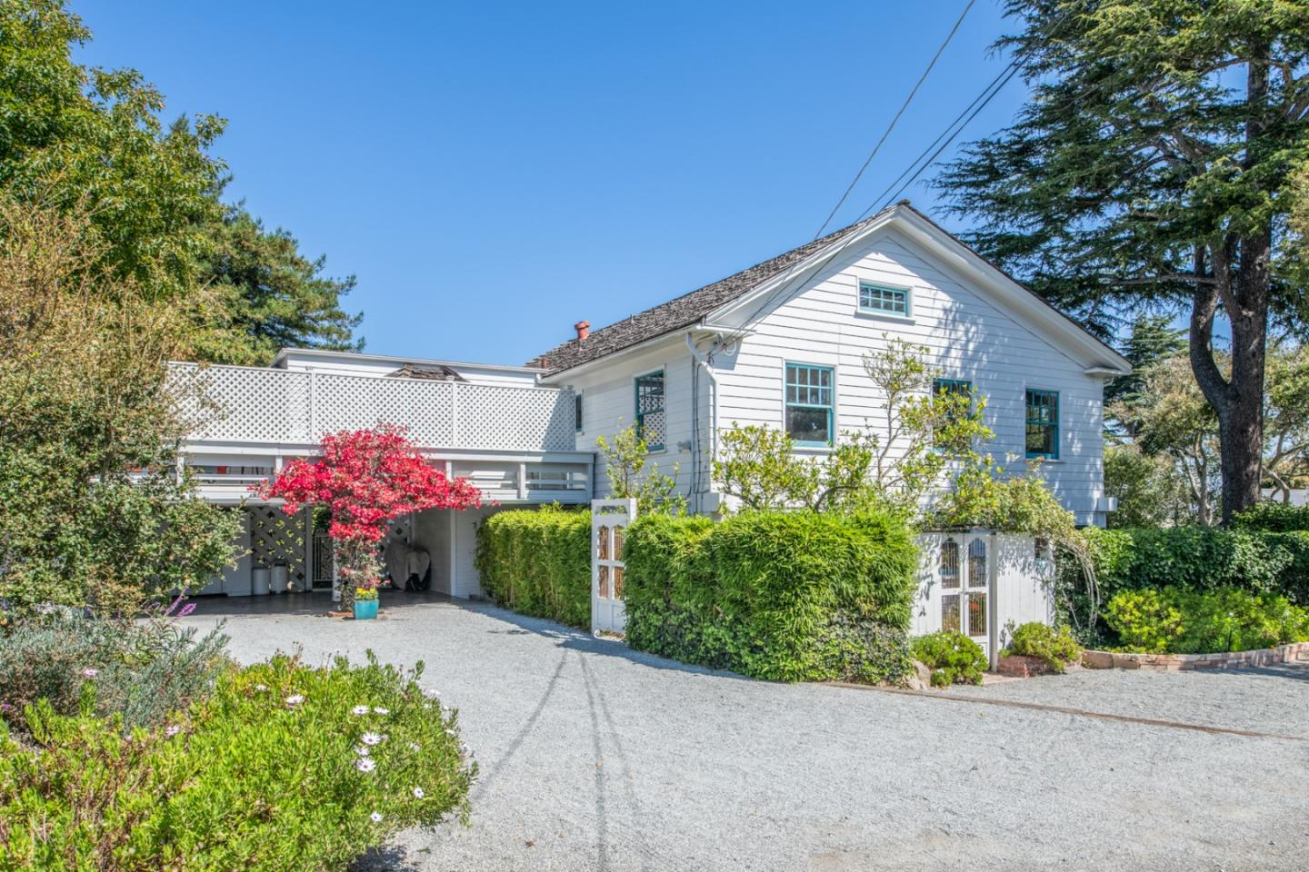 Photo of 700 Grove ST, MONTEREY, CA 93940