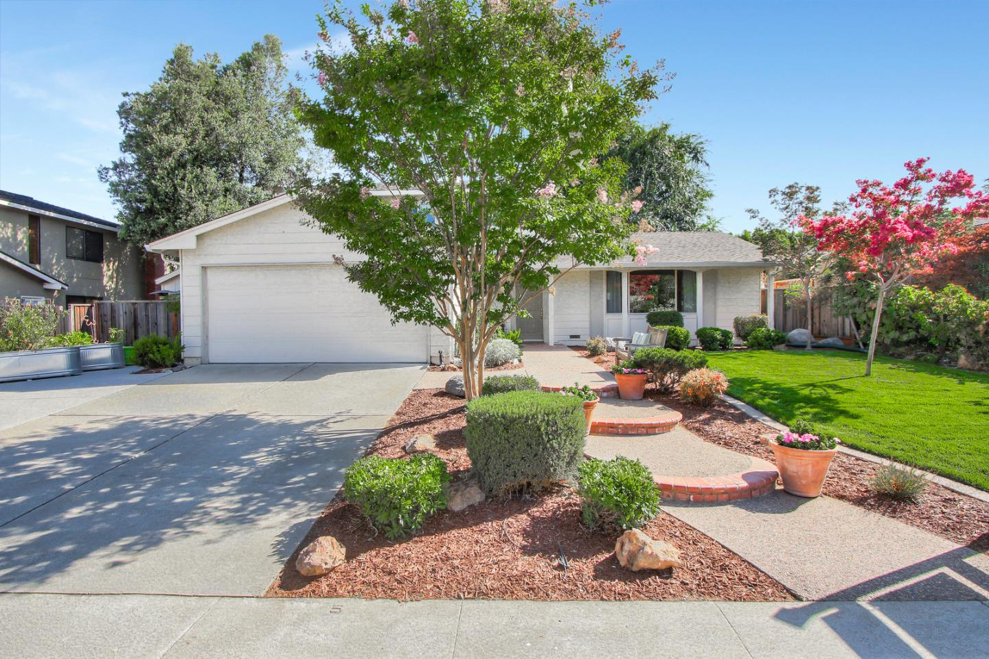 Nicely updated 4 bedroom, 2.5 bath home with great floorplan (downstairs bedroom) in desirable Almaden location with neighborhood pool.  Backyard fit for entertaining with outdoor kitchen, gazebo, fireplace and putting green.  Large storage shed on the side of the house.  Great curb appeal and extended driveway for oversized vehicles.  Located in highly desired Oak Tree Park Community with access to the community pool.  Walking distance to Jeffrey Fontana Park.