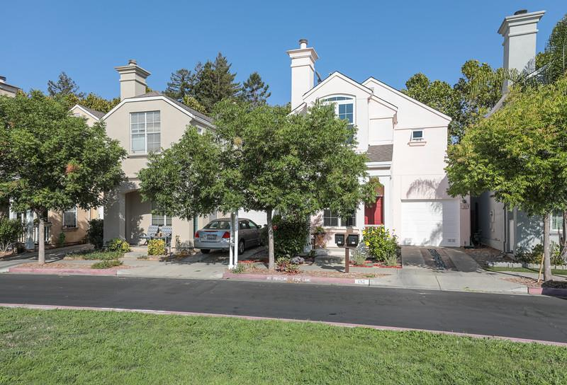 Detail Gallery Image 1 of 1 For 133 Concord Cir, Mountain View, CA 94040 - 3 Beds | 2/1 Baths