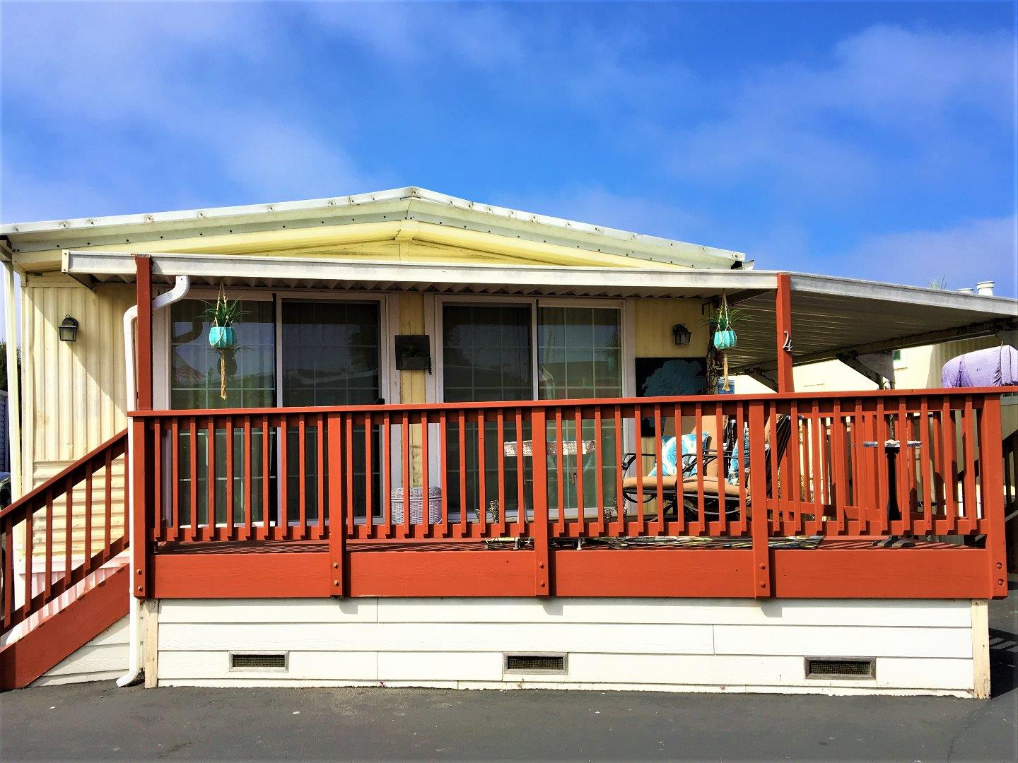 Detail Gallery Image 1 of 1 For 750 47th Ave #4, Capitola, CA 95010 - 2 Beds | 2 Baths