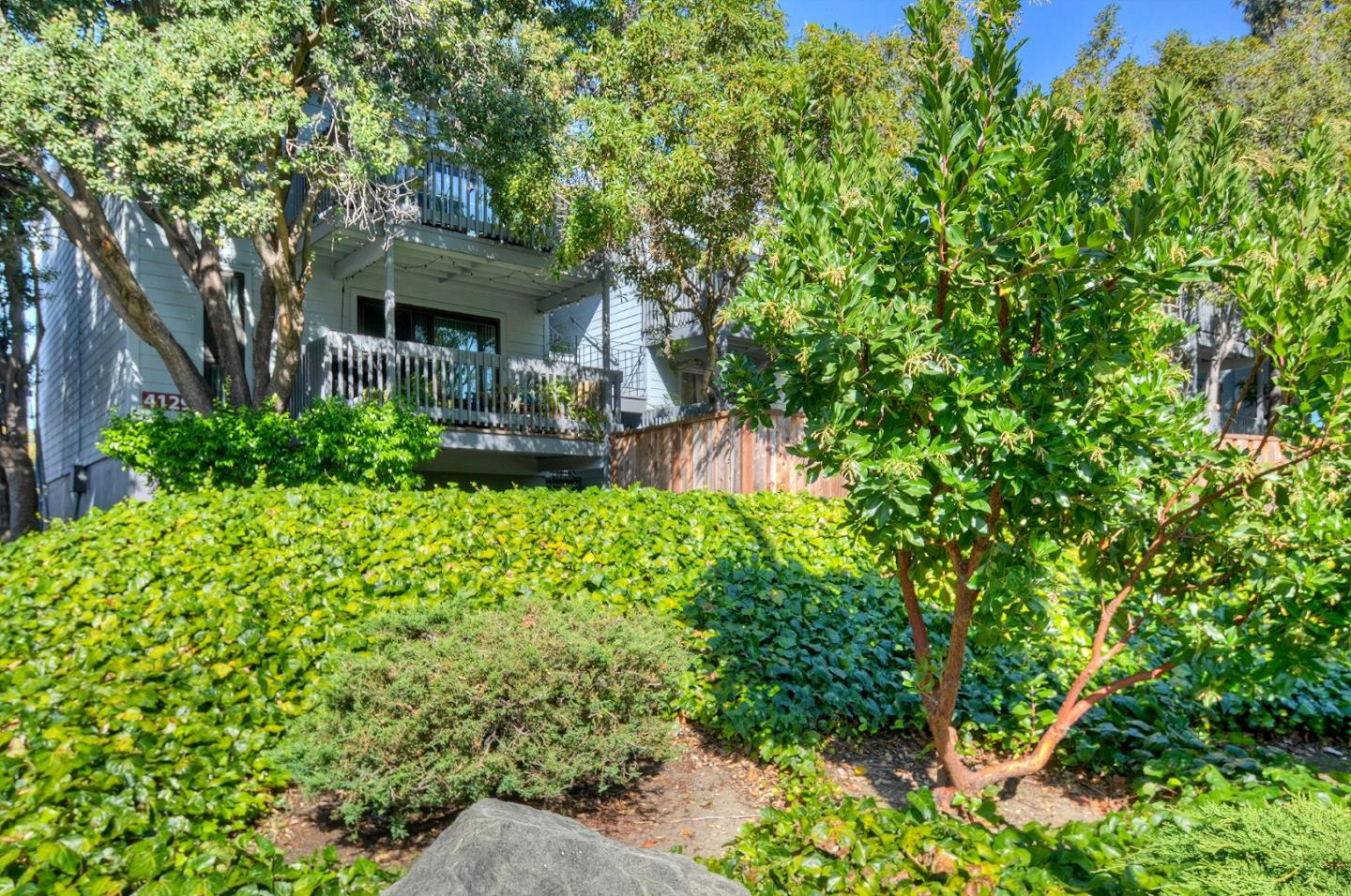 Detail Gallery Image 1 of 1 For 4129 George Ave #3, San Mateo, CA 94403 - 2 Beds | 1 Baths