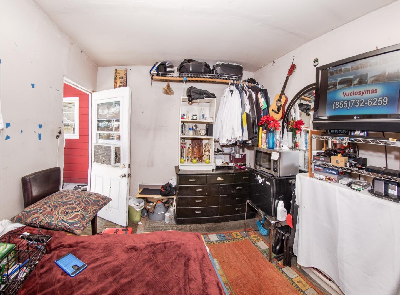 235 Samson Street Redwood City, CA 94063