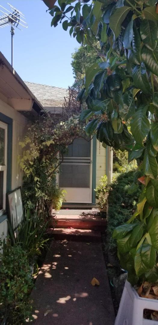 Detail Gallery Image 1 of 1 For 937 Grand St, Redwood City, CA 94061 - – Beds | – Baths